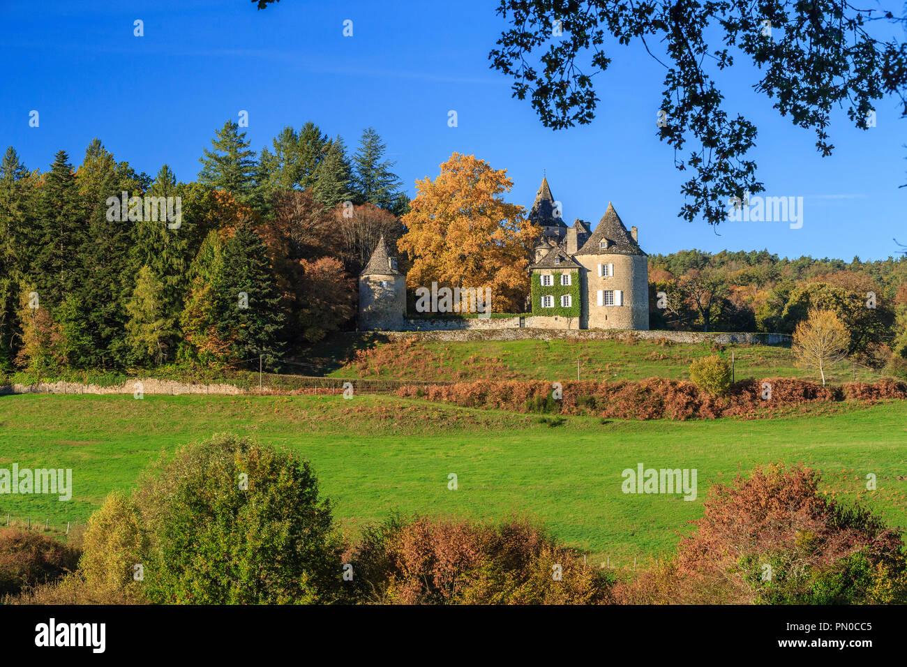 France, Correze, Saint Bonnet les Tours de Merle, Chateau du Rieux // France, Corrèze (19), Saint-Bonnet-les-Tours-de-Merle, château du Rieux - Stock Image