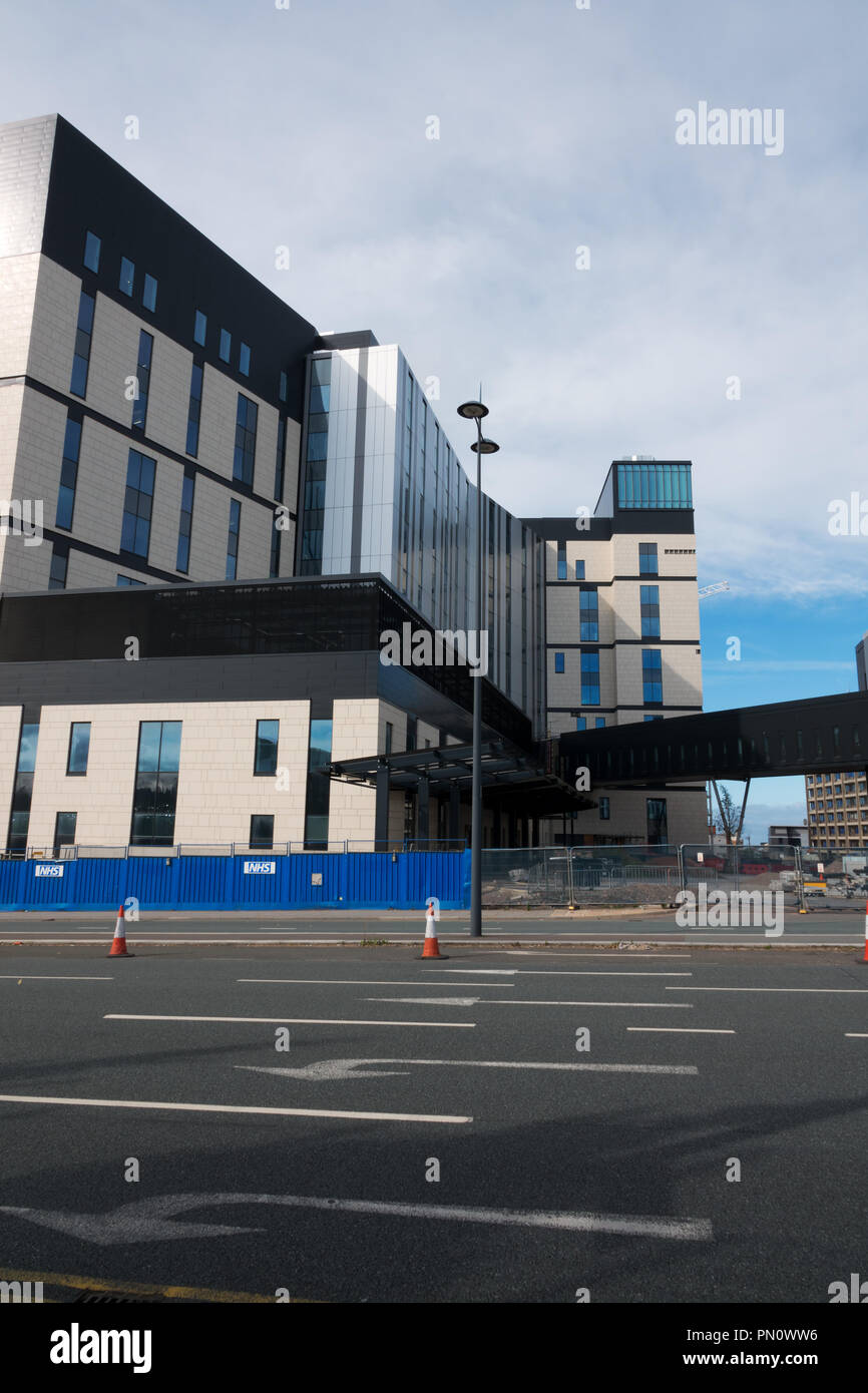 The new Royal Liverpool Hospital unfinished after the collapse of Carillion,  built using non-complaint cladding that needs replacing at huge cost. - Stock Image