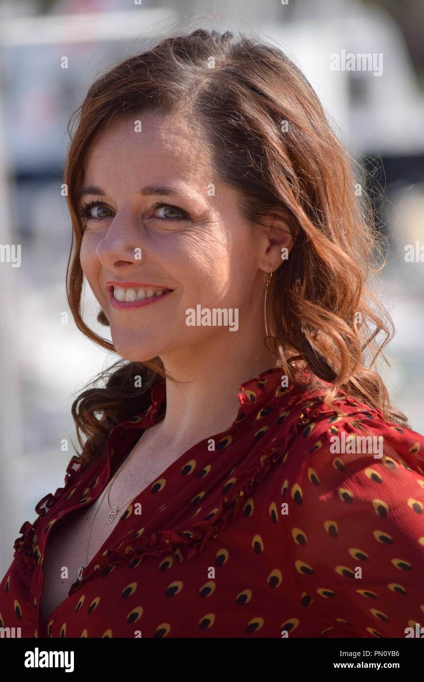see through Cleavage Laure Calamy naked photo 2017