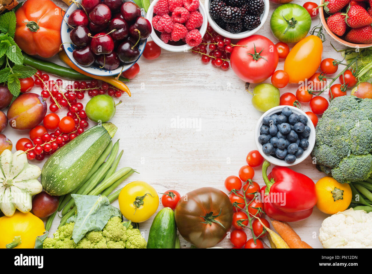 Superbe Healthy Summer Fruits Vegetables Berries Arranged In A Circle Frame,  Cherries Peaches Strawberries Cabbage Broccoli Cauliflower Squash Tomatoes  Carrot