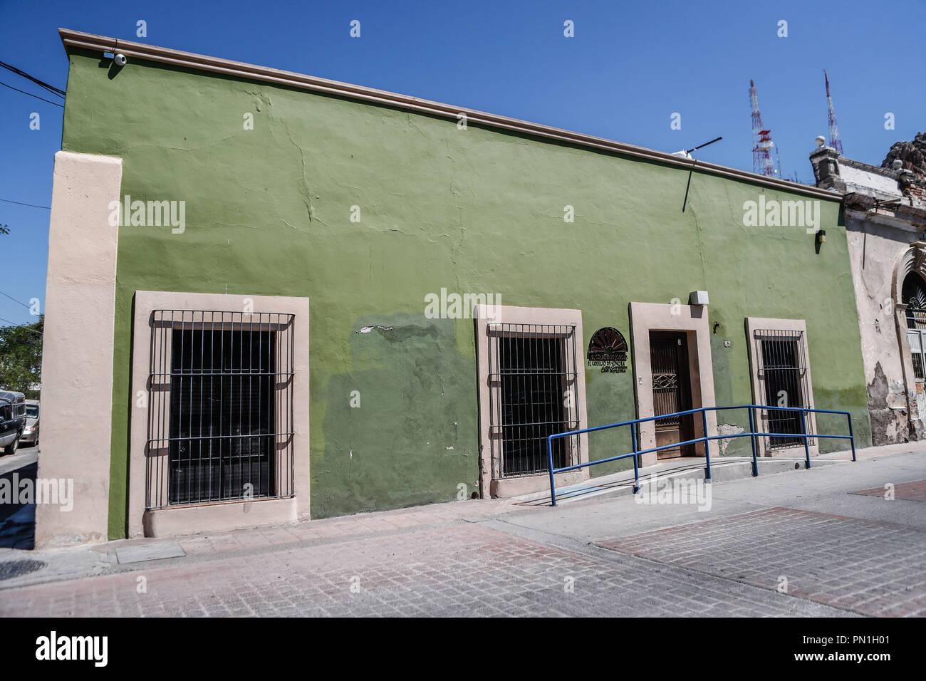 Casa Gardenia del Colegio Sonora el Centro histórico de Hermosillo, Sonora.  (Photo: Luis Gutierrez /NortePhoto)   Pclaves: Fachada, outdoors, casa, a Stock Photo