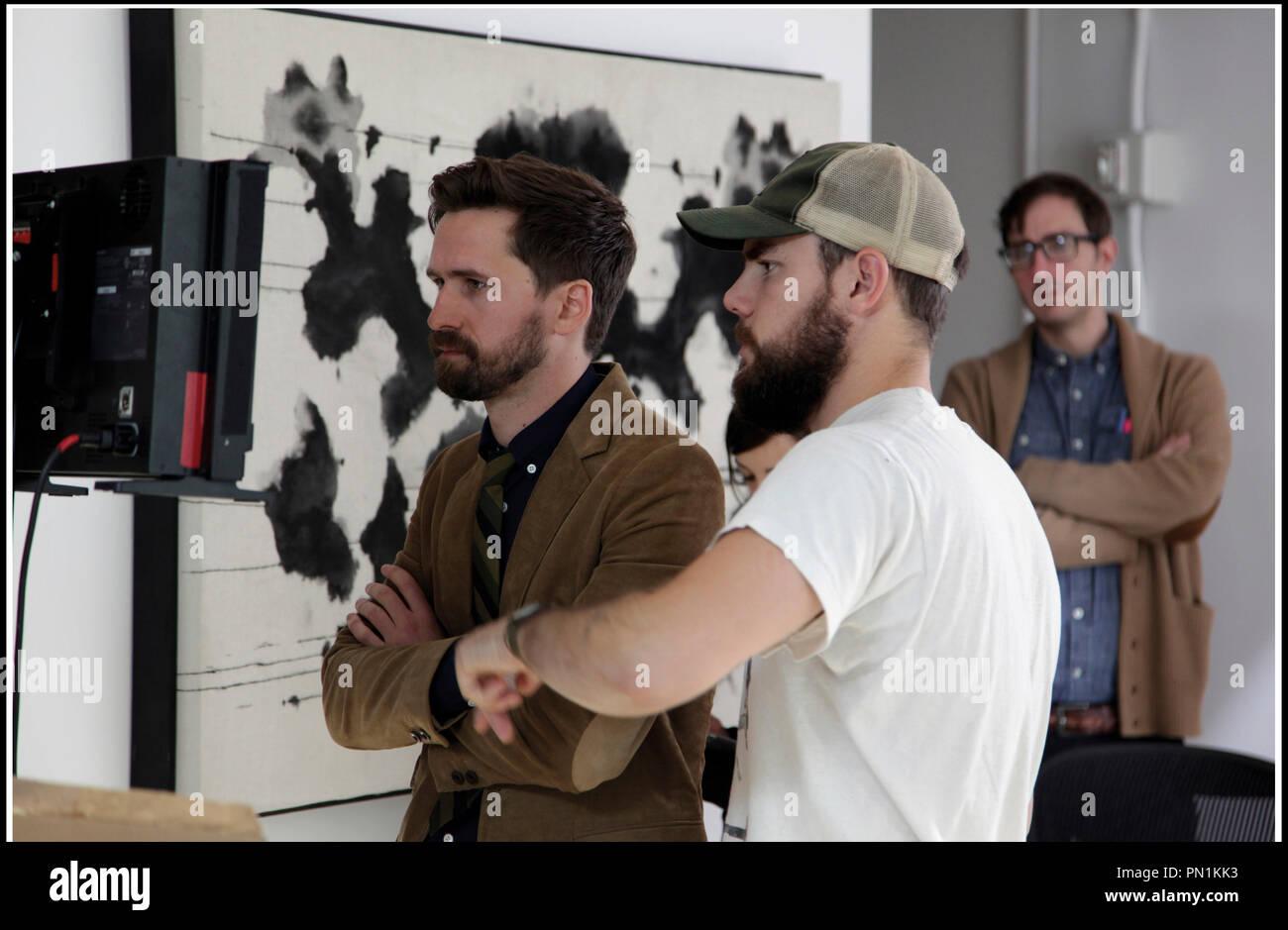 Prod DB © Ghost Robot - Greencard Pictures - Mathematic / DR CREATIVE CONTROL de Benjamin Dickinson 2015 USA avec Benjamin Dickinson (a gauche) sur le tournage - Stock Image