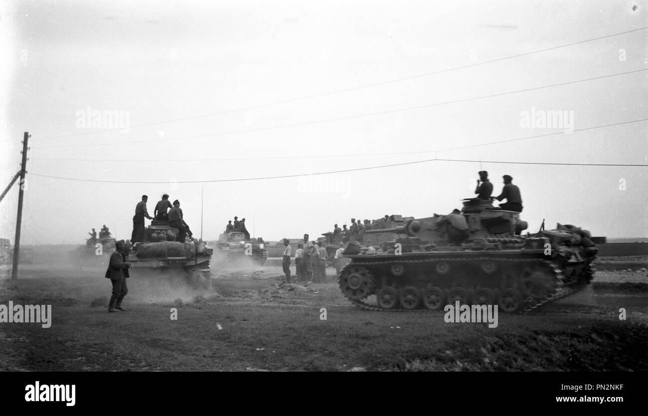 Wehrmacht Heer Panzerkampfwagen PzKpfw Panzer III Ausf. F – TANK III of he German Army in the 2dt World War Stock Photo