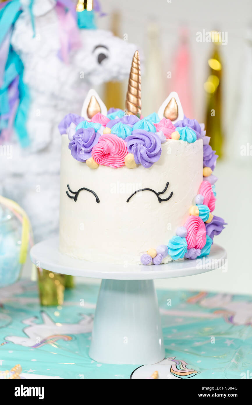 Incredible Little Girl Birthday Party Table With Unicorn Cake Cupcakes And Personalised Birthday Cards Veneteletsinfo