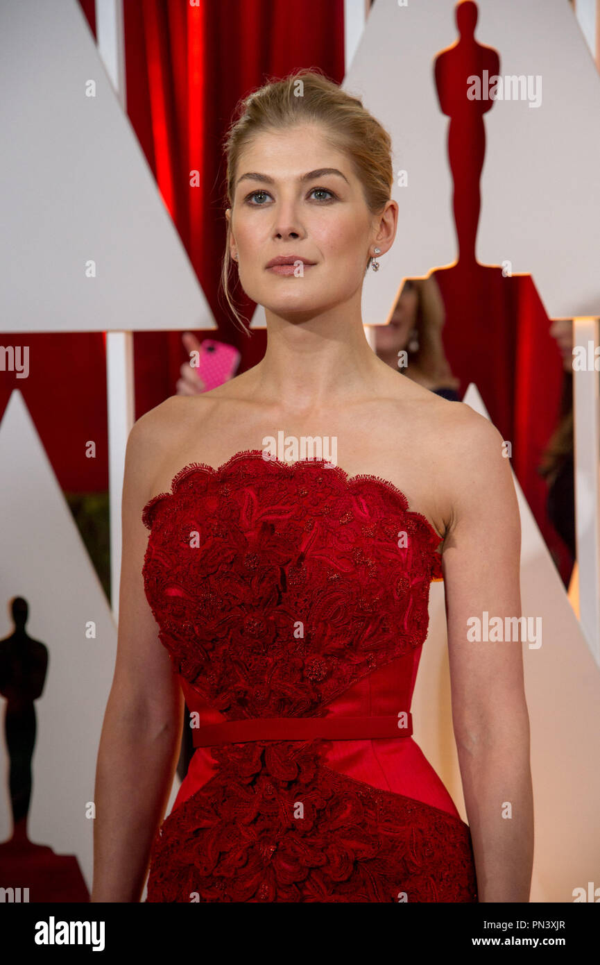 "Rosamund Pike, Oscar® nominee for Achievement in Actress in a Leading Role, for work on ""Gone Girl"" poses backstage during the live ABC Telecast of The 87th Oscars® at the Dolby® Theatre in Hollywood, CA on  Sunday, February 22, 2015.  File Reference # 32566_460THA  For Editorial Use Only -  All Rights Reserved - Stock Image"