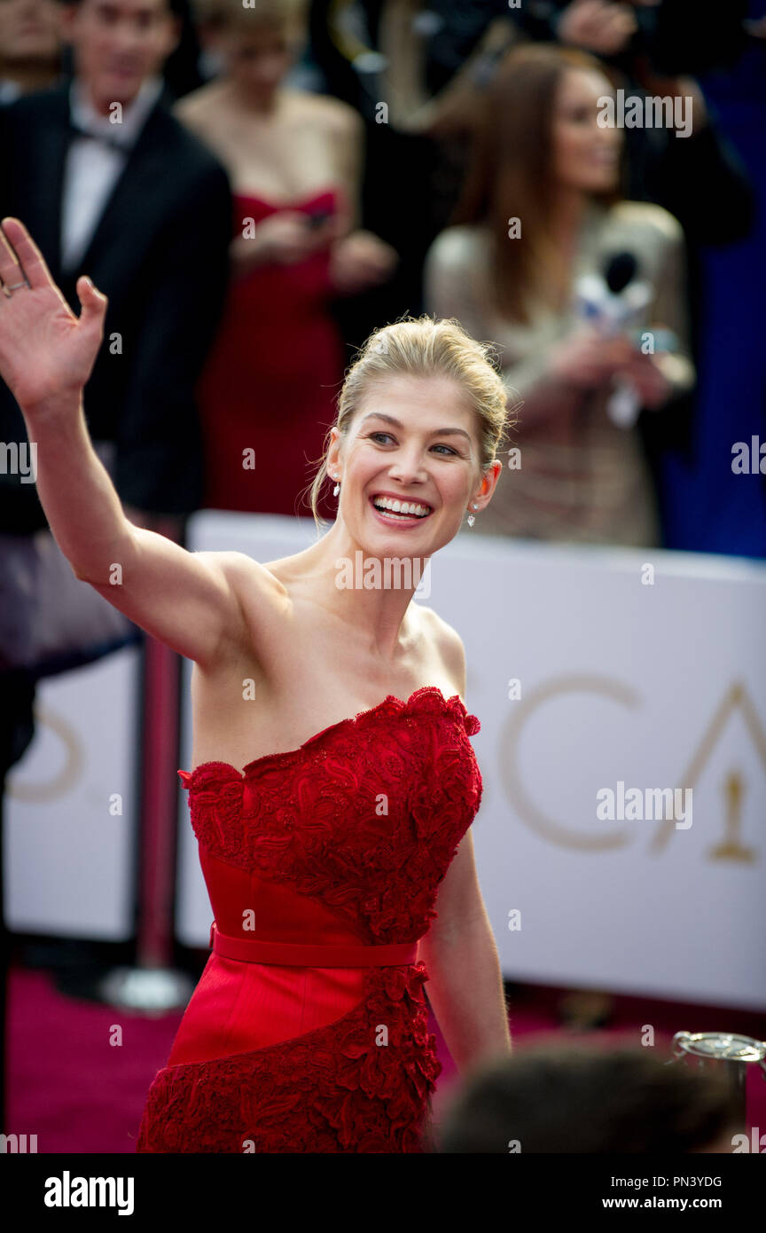"Rosamund Pike, Oscar® nominee for Achievement in Actress in a Leading Role, for work on ""Gone Girl"" poses backstage with guest during the live ABC Telecast of The 87th Oscars® at the Dolby® Theatre in Hollywood, CA on  Sunday, February 22, 2015.  File Reference # 32566_658THA  For Editorial Use Only -  All Rights Reserved - Stock Image"