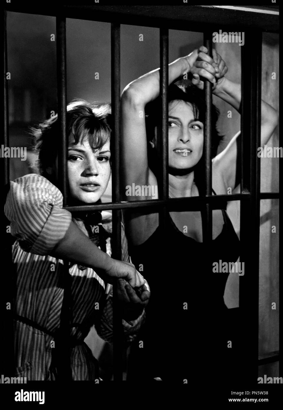 Simenona Martinez,Gena Lee Nolin born November 29, 1971 (age 46) Erotic picture Sally Champlin,Lois Kibbee