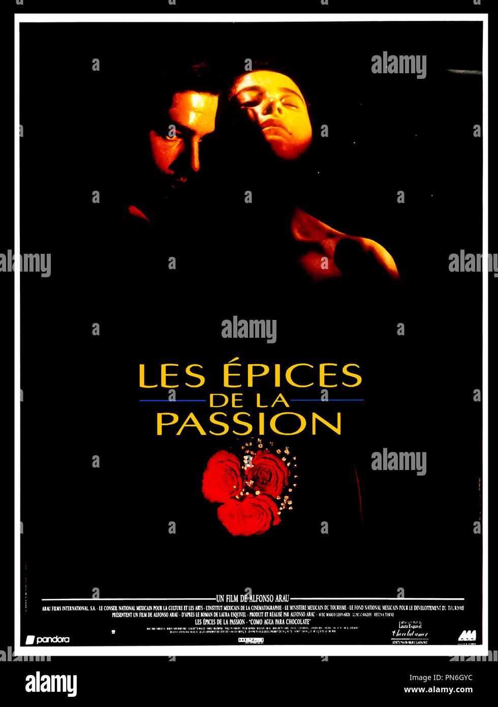 Prod DB © Cinevista / DR LES ÉPICES DE LA PASSION (COMO AGUA PARA CHOCOLATE) de Alfonso Arau 1992 MEX d'après le roman de Laura Esquivel affiche - Stock Image