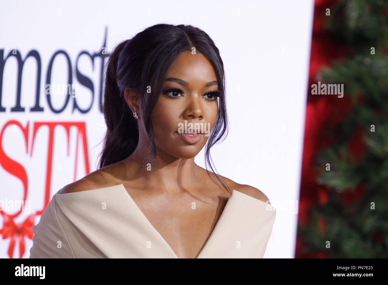 Almost Christmas Gabrielle Union.Gabrielle Union At The World Premiere Of Universal Pictures