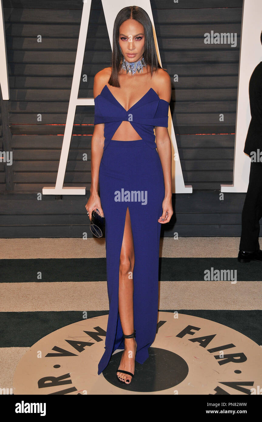 Joan Smalls at the 2017 Vanity Fair Oscar Party held at the Wallis Annenberg Center for the Performing Arts in Beverly Hills, CA on Sunday, February 26, 2017. Photo by PRPP / PictureLux   File Reference # 33243_046PRPP01  For Editorial Use Only -  All Rights Reserved - Stock Image