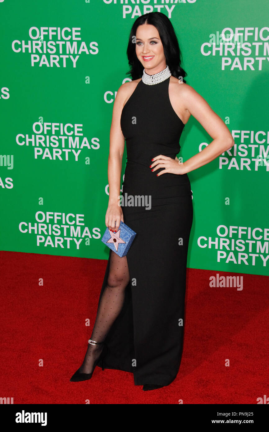 Katy Perry at the premiere of Paramount Pictures\' \