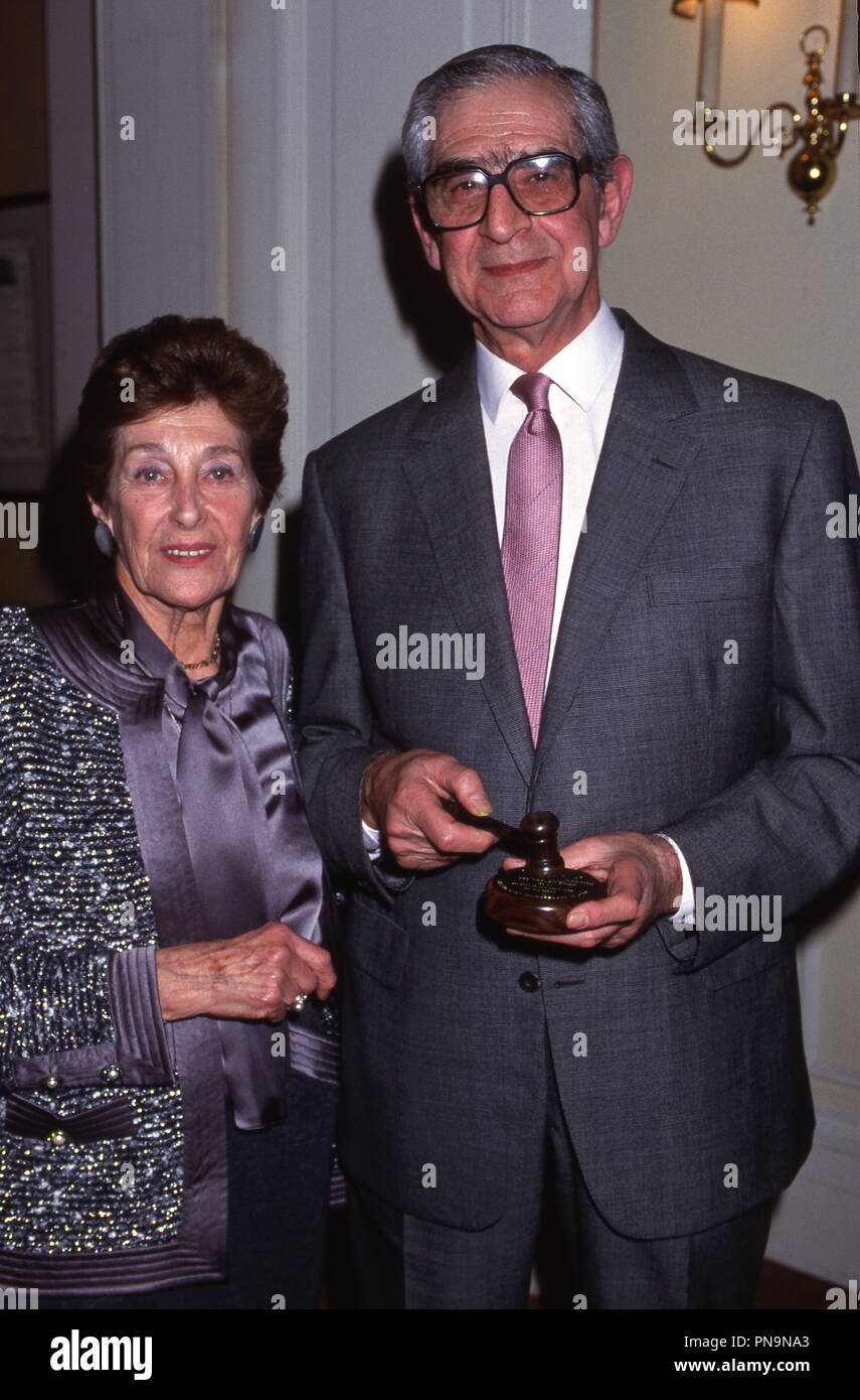 Photo Must Be Credited ©Alpha Press 012650 ( November 1992 )  Denis Norden and wife at the After Dinner Speaker of the Year Awards in London - Stock Image