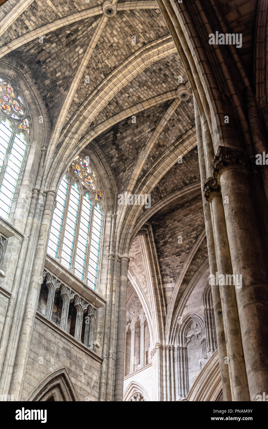 Interior view of vaults of St. Andrew Cathedral in Bordeaux Stock Photo