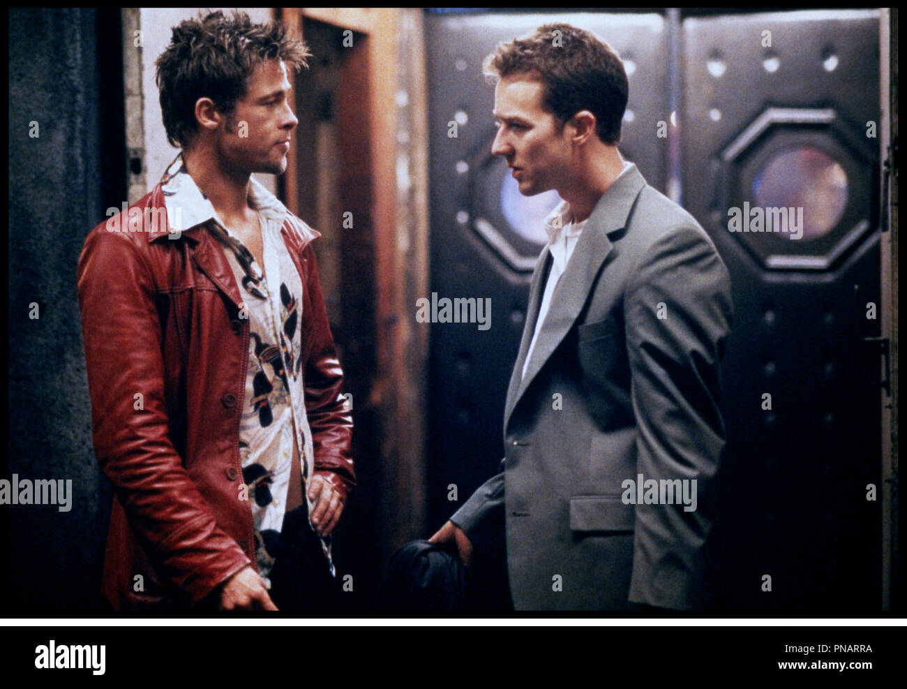 brad pitt fight club 1999 stock photos brad pitt fight club 1999 stock images alamy. Black Bedroom Furniture Sets. Home Design Ideas