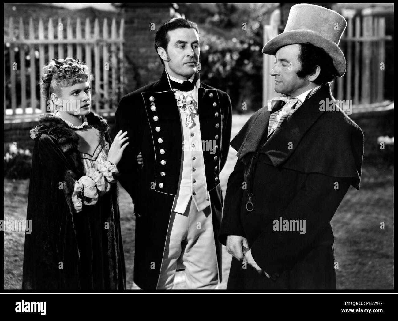 Prod DB © RKO / DR FOREVER AND A DAY (FOREVER AND A DAY) film a sketches de Rene Clair, Edmund Goulding, Cedric Hardwicke, Frank Lloyd, Victor Saville, Robert Stevenson et Herbert Wilcox 1943 USA avec Anna Neagle, Ray Milland et Claude Rains - Stock Image