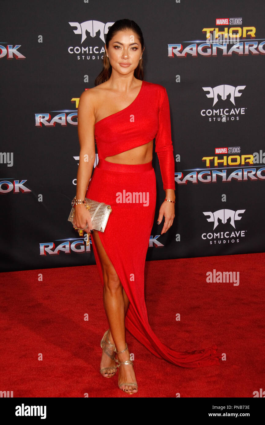 pictures Arianny celeste thor ragnarok premiere in los angeles