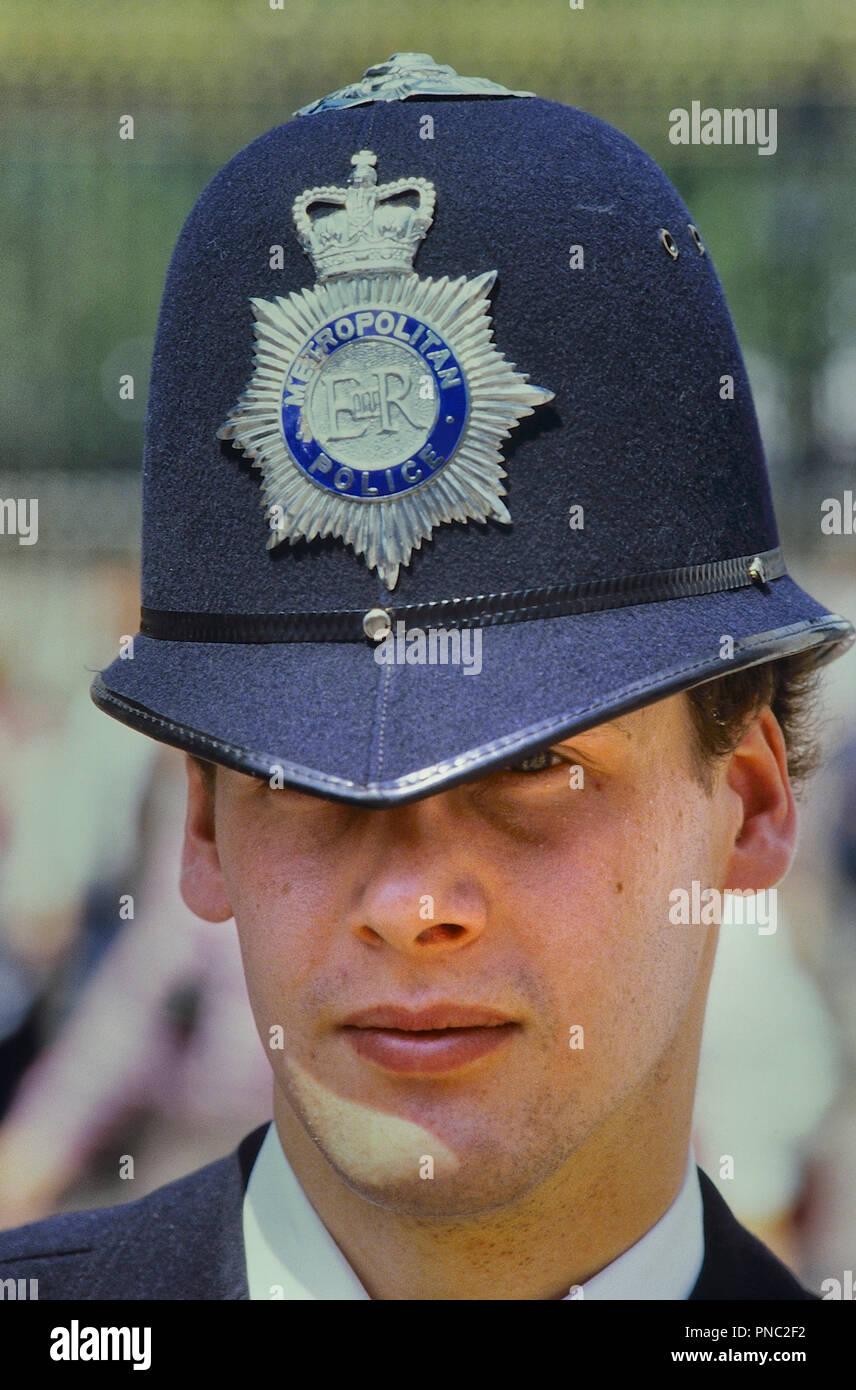 Metropolitan police officer, London, England, UK. Circa 1980's - Stock Image