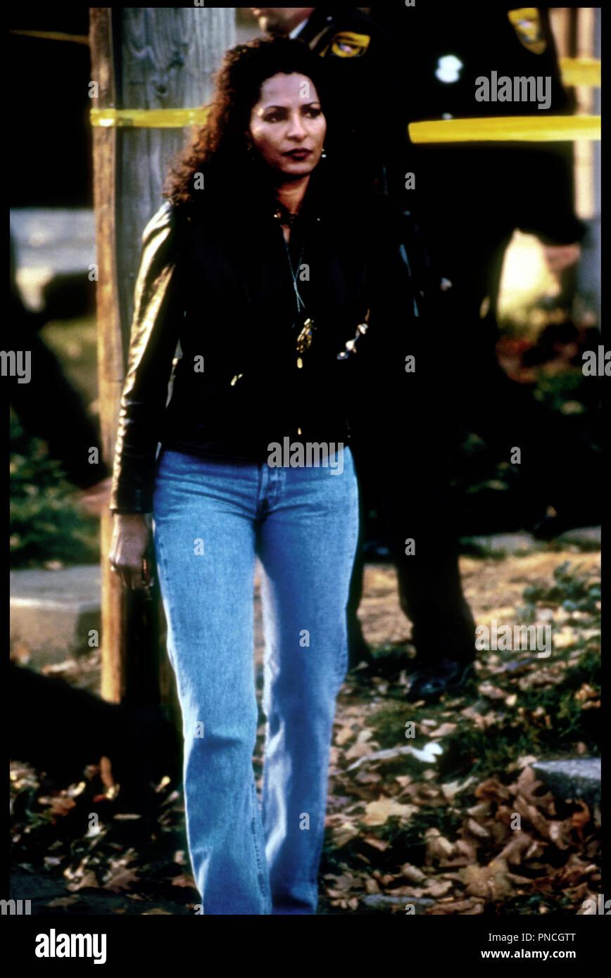 Prod DB © Miramax / DR GANGSTA COP (IN TOO DEEP) de Michael Rymer 1999 USA avec Pam Grier (pamela grier) - Stock Image