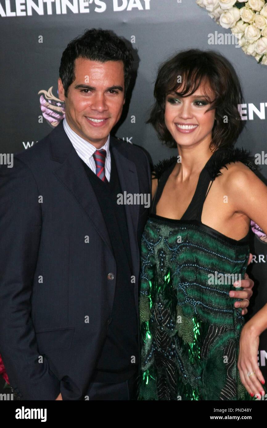 Jessica Alba And Husband Cash Warren Stock Photos