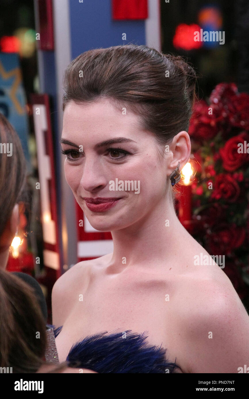 Anne Hathaway At The Los Angeles World Premiere Of New Line Cinema S