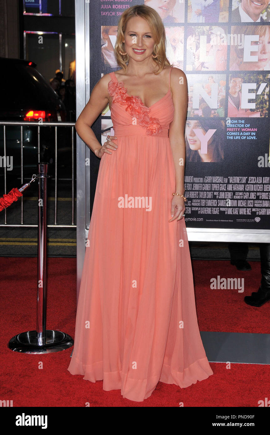 Jewel At The World Premiere Of Valentine S Day Held At The