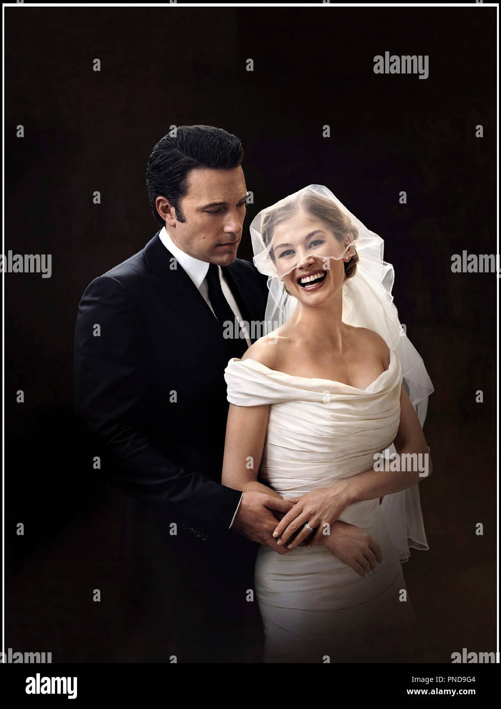 Prod DB © 20th Century Fox - New Regency Pictures - Pacific Standard / DR GONE GIRL de David Fincher 2014 USA avec Ben Affleck et Rosamund Pike robe de mariee, mariage d'apres le roman de Gillian Flynn - Stock Image