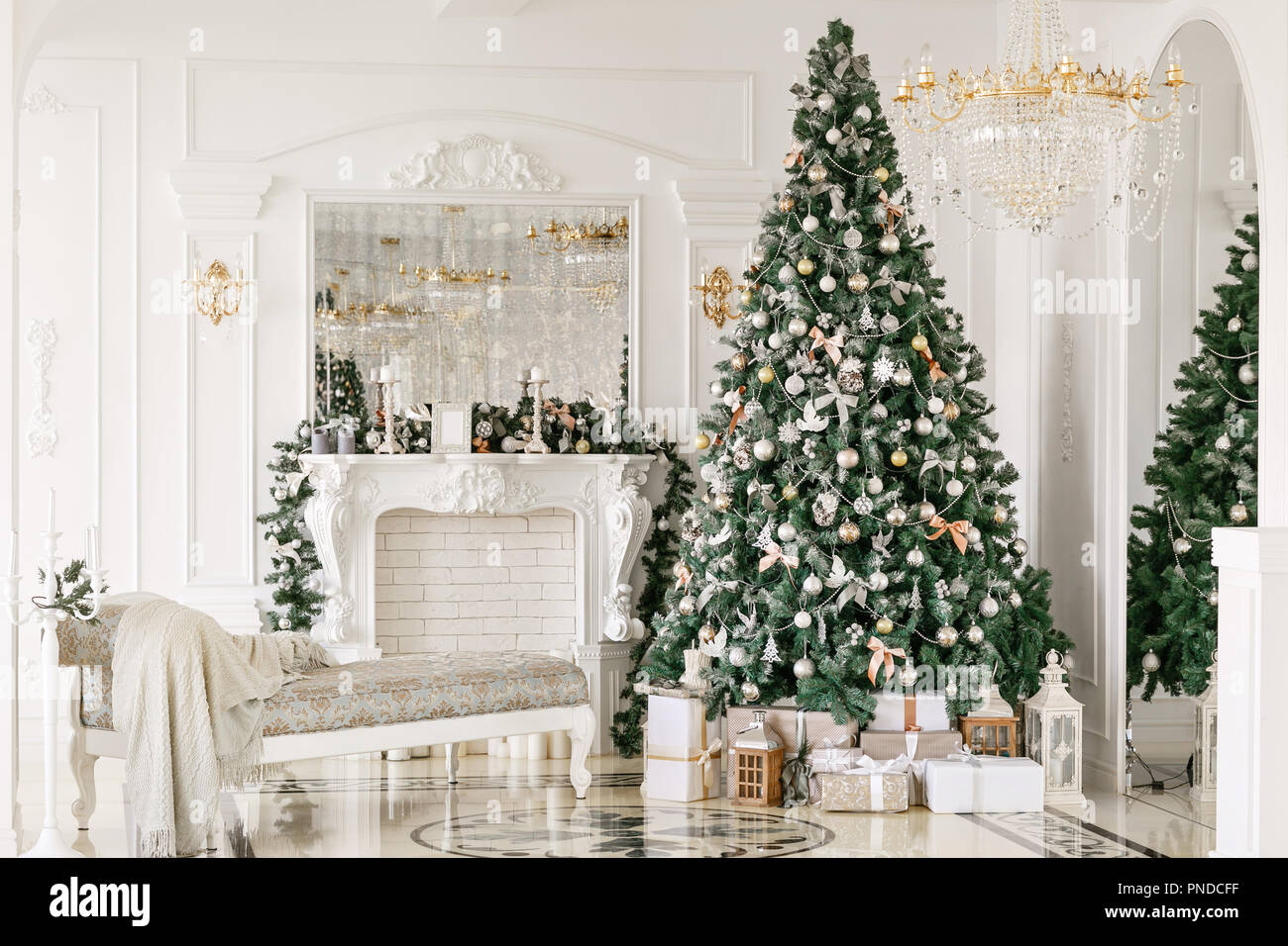 Gifts At The Christmas Tree Christmas Morning Classic Luxurious