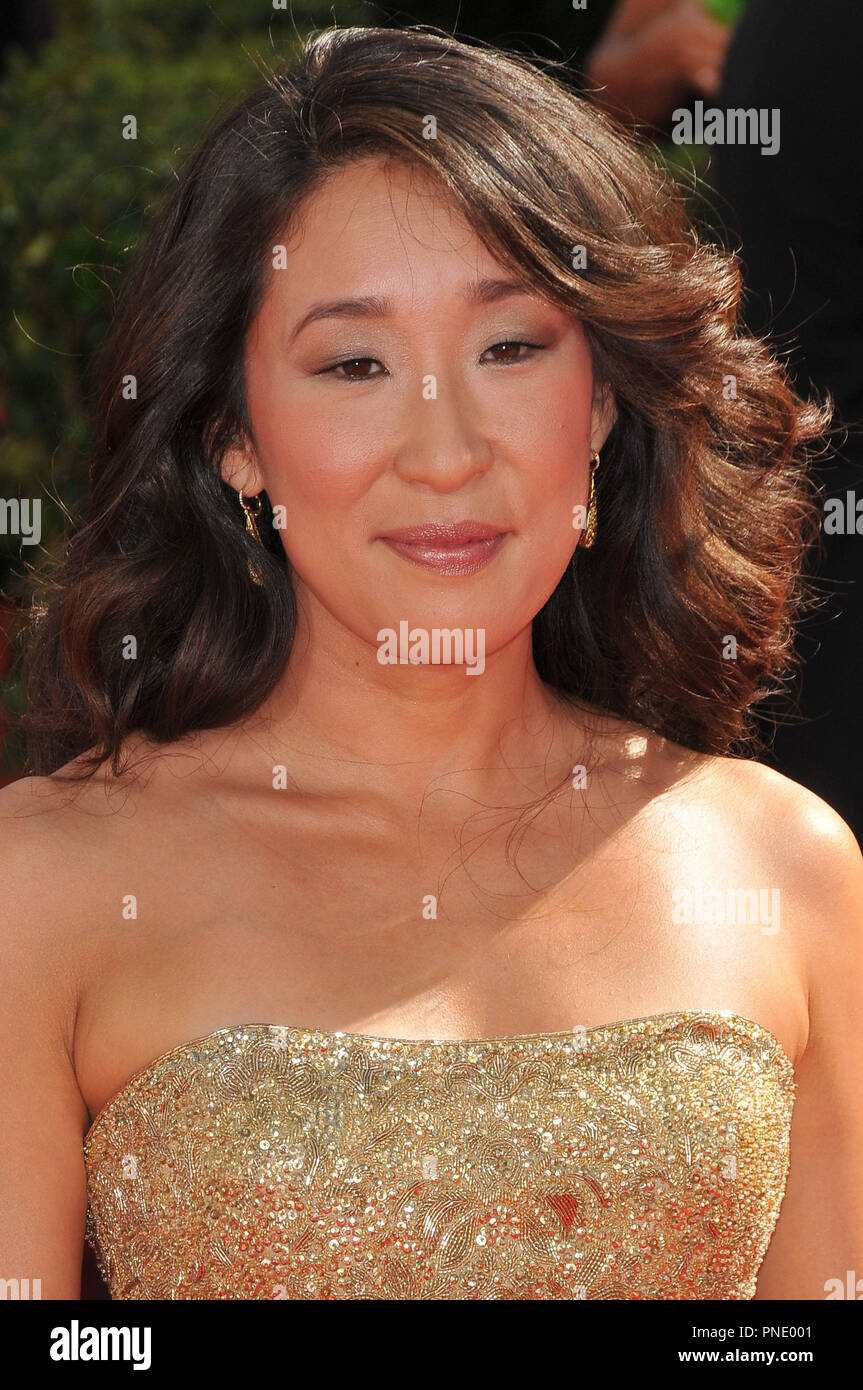 Sandra Oh at the 61st Annual Primetime Emmy Awards - Arrivals held at the Nokia Theater in Los Angeles, CA on Sunday, September 20, 2009. Photo by: PRPP / PictureLux  File Reference # Sandra_Oh_92009_1PRPP  For Editorial Use Only -  All Rights Reserved - Stock Image