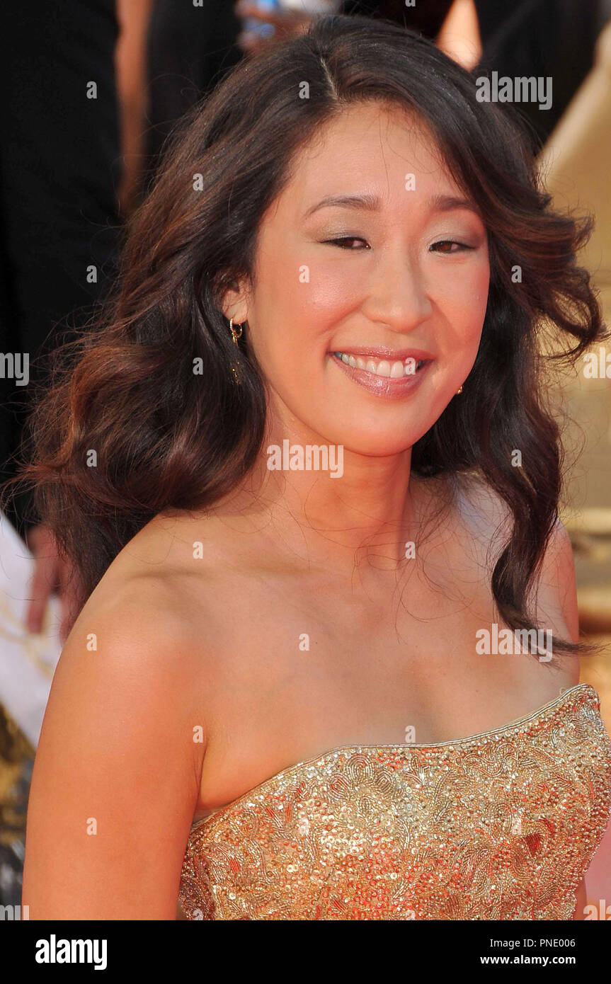 Sandra Oh at the 61st Annual Primetime Emmy Awards - Arrivals held at the Nokia Theater in Los Angeles, CA on Sunday, September 20, 2009. Photo by: PRPP / PictureLux  File Reference # Sandra_Oh_92009_2PRPP  For Editorial Use Only -  All Rights Reserved - Stock Image