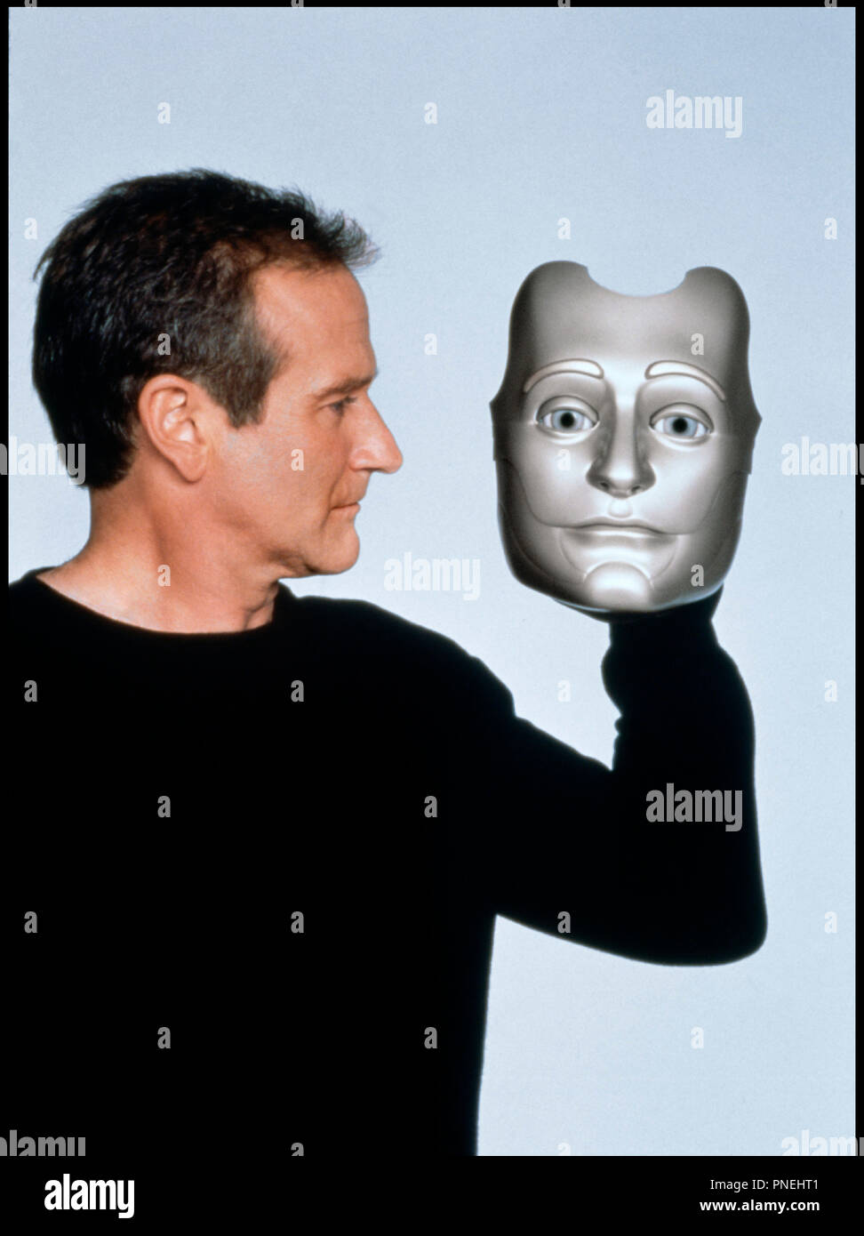 Prod DB © Columbia / DR L'HOMME BICENTENAIRE (BICENTENNIAL MAN) de Chris Columbus 1999 USA avec Robin Williams robot, masque,  d'apres le roman de Isaac Asimov - Stock Image