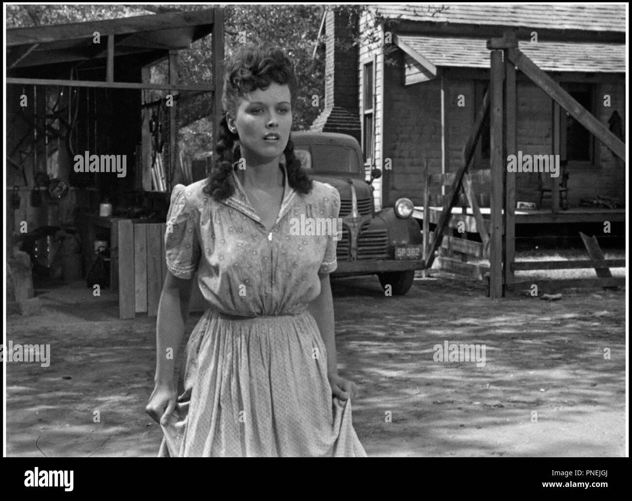 Carol Banawa (b. 1981) pictures