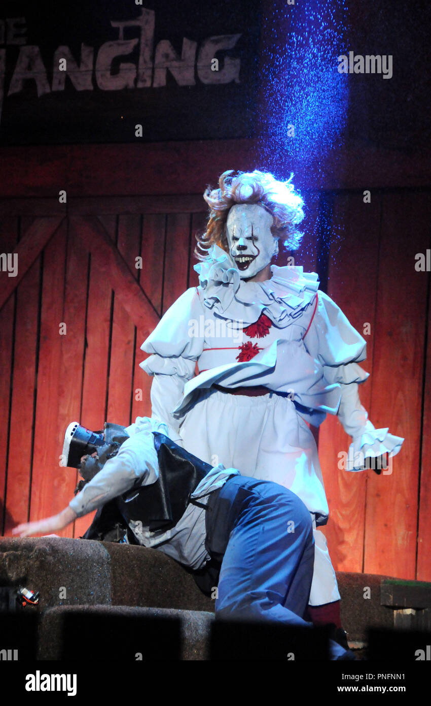 Buena Park, California, USA. 20th Sept 2018. A general view of atmosphere of The Hanging Show and spoof of It's Pennywise (Bill Skarsgard) at Opening Night of Knott's Scary Farm Halloween Haunt on September 20, 2018 at Knott's Berry Farm in Buena Park, California. Photo by Barry King/Alamy Live News - Stock Image