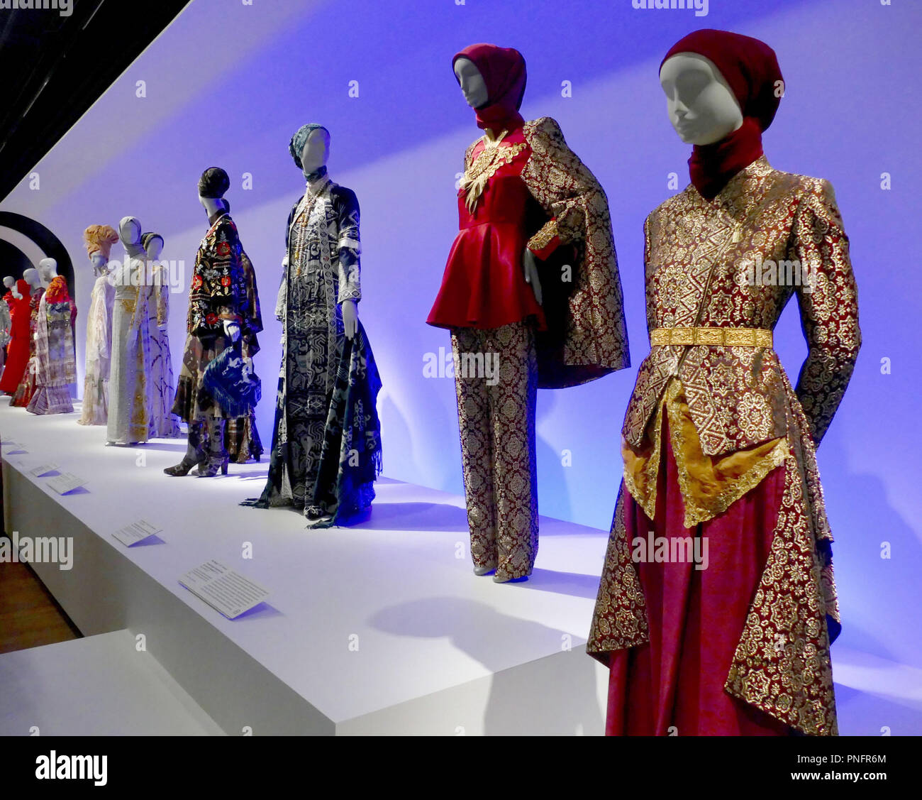 San Francisco Usa 20th Sep 2018 Garments By Muslim Designers From Southeast Asia Are On Display In The De Young Art Museum The Market For Muslim Fashion Is Growing The World Is