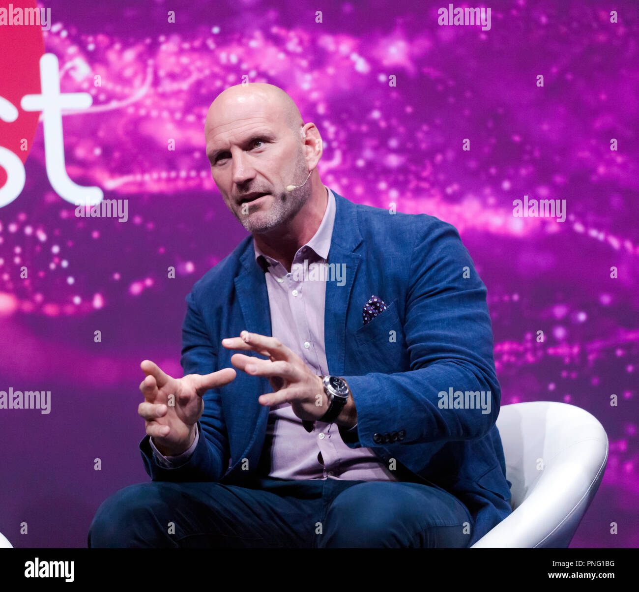 """Sports star, Lawrence Dallaglio,  discussing """"technology in sport"""", on the main stage at New Scientist Live Stock Photo"""
