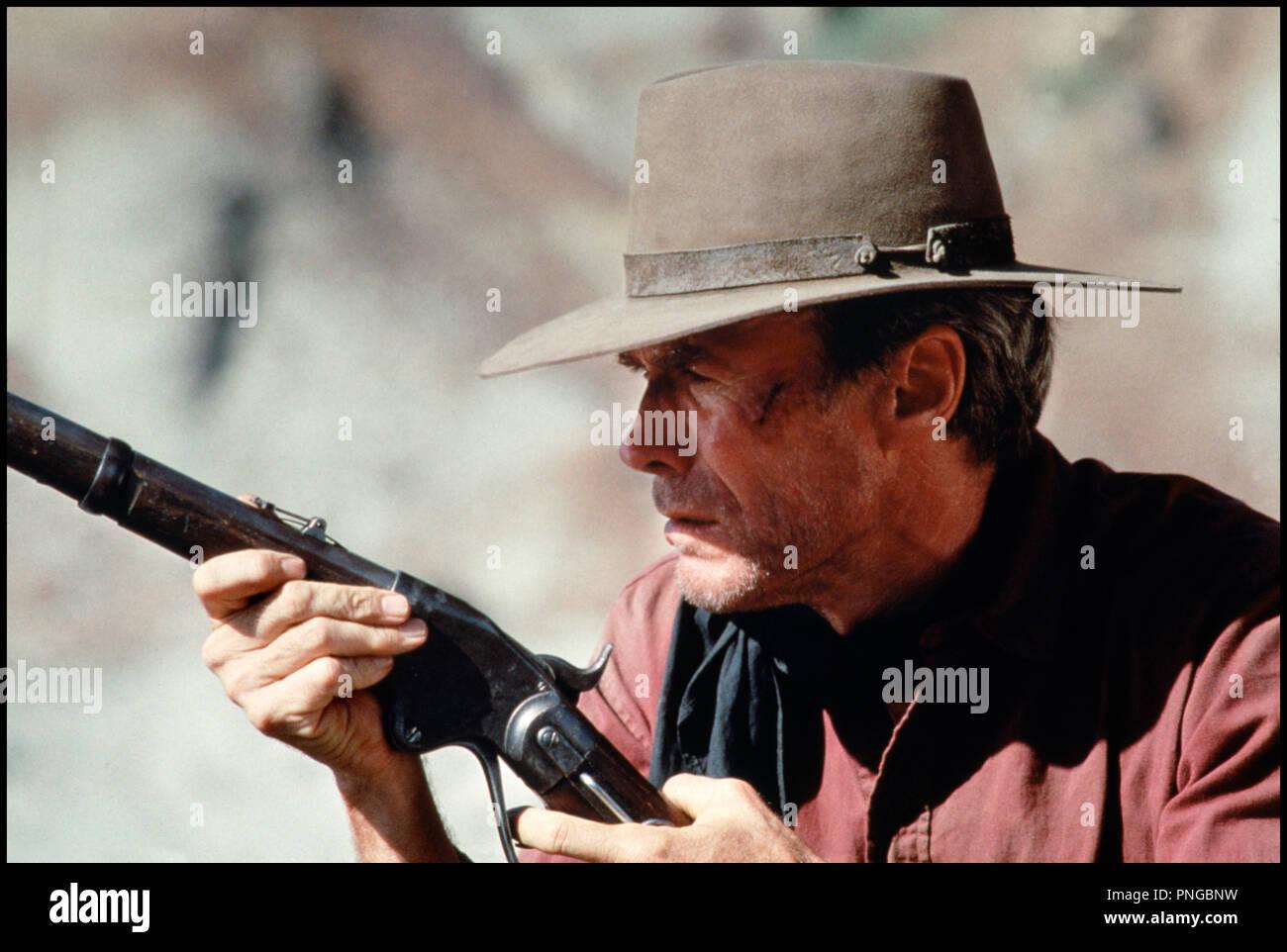 Prod DB © Malpaso - Warner Bros / DR IMPITOYABLE (UNFORGIVEN) de Clint Eastwood 1992 USA avec Clint Eastwood western, fusil, - Stock Image