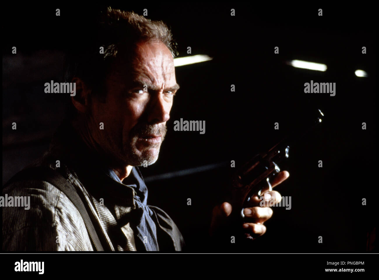 Prod DB © Malpaso - Warner Bros / DR IMPITOYABLE (UNFORGIVEN) de Clint Eastwood 1992 USA avec Clint Eastwood  western, revolver - Stock Image