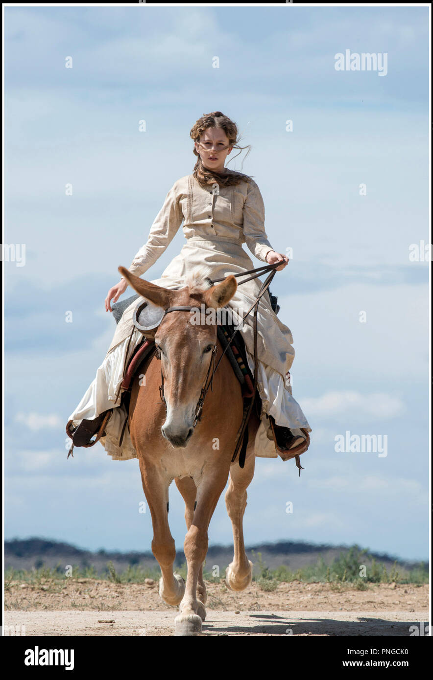Prod DB © Universal - Blumhouse Productions / DR IN A VALLEY OF VIOLENCE de Ti West 2016 USA avec Taissa Farmiga western - Stock Image