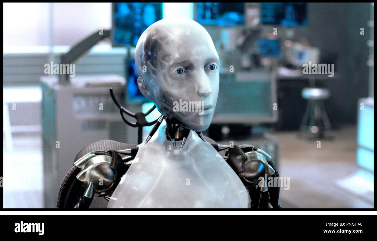 Prod DB © 20th Century Fox - Overbrook Entertainment / DR I, ROBOT (I ROBOT) de Alex Proyas 2004 USA inspire du livre de Isaac Asimov  robot, androide, humanoide, futuriste, science fiction - Stock Image