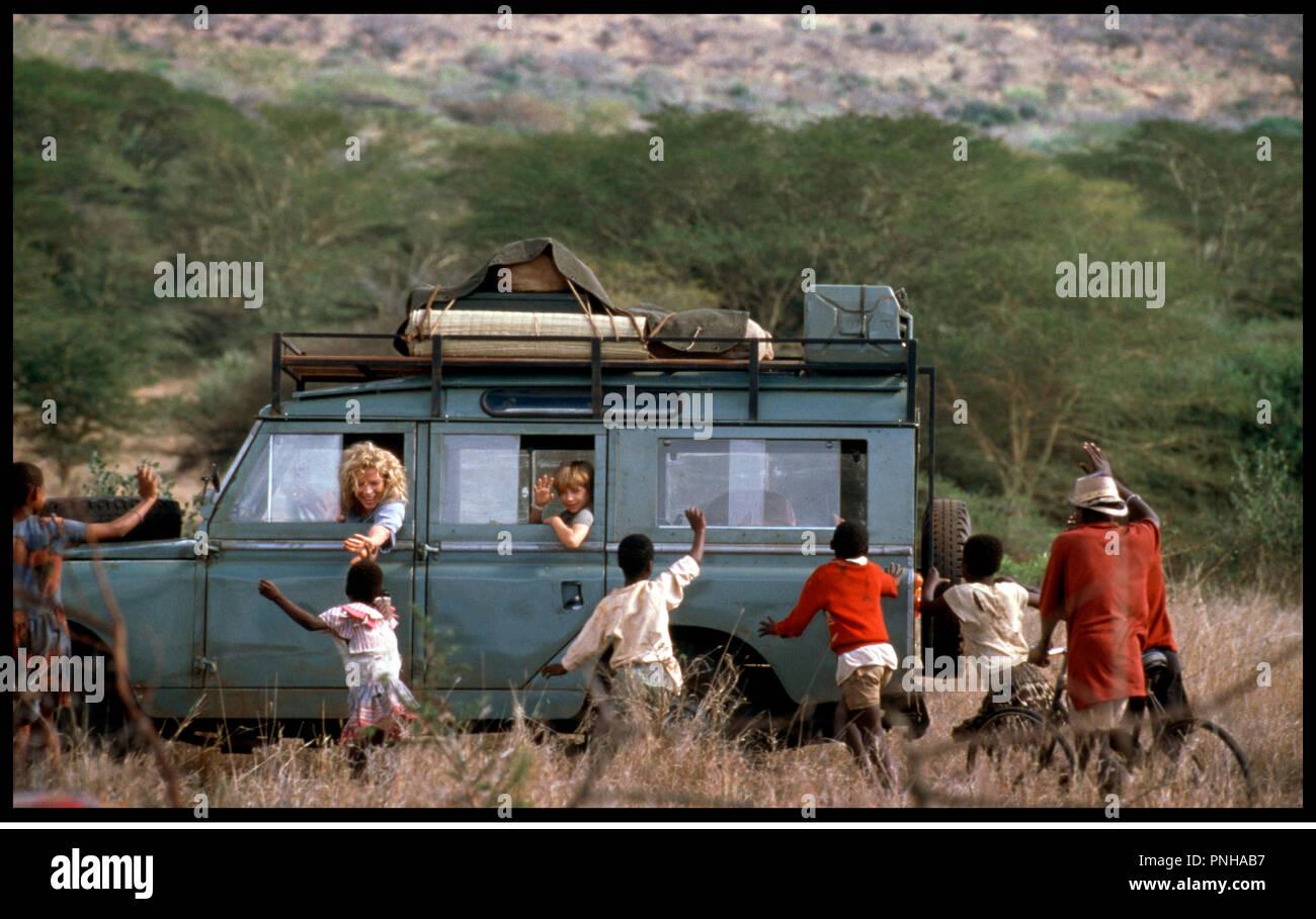 Prod DB © Columbia / DR JE REVAIS DE L'AFRIQUE (I DREAMED OF AFRICA) de Hugh Hudson 2000 USA avec Kim Basinger et Liam Aiken safari, expédition, départ, adieux, - Stock Image