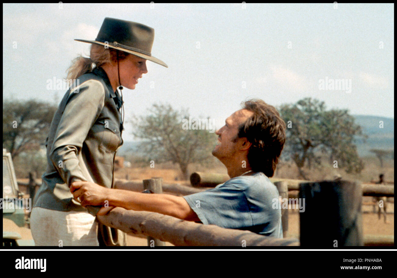 Prod DB © Columbia / DR JE REVAIS DE L'AFRIQUE (I DREAMED OF AFRICA) de Hugh Hudson 2000 USA avec Kim Bassinger et Vincent Perez ranch, chapeau - Stock Image