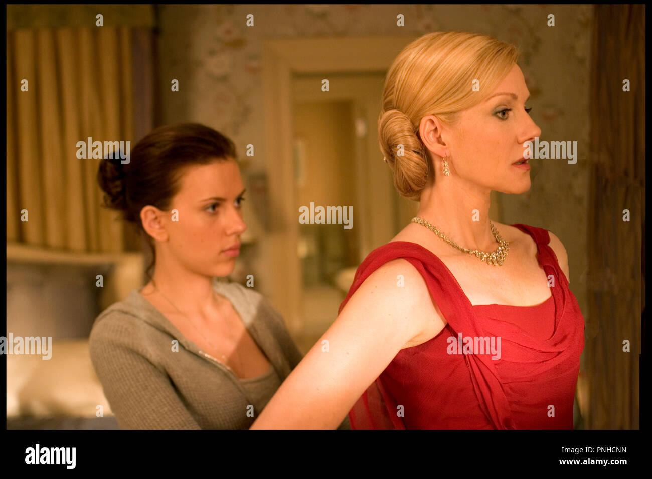 Scarlett Johansson And Laura Linney Stock Photos Images