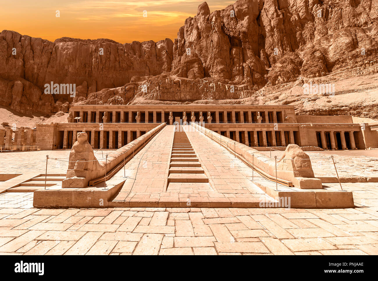 The Mortuary Temple of Hatshepsut, also known as the Djeser-Djeseru. Built for the Eighteenth Dynasty pharaoh Hatshepsut - Stock Image
