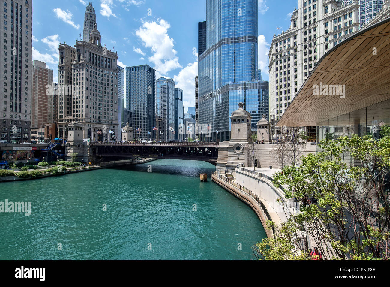 View of the Chicago River with the DuSable Bridge and Trump International Tower, Downtown Chicago, IL. - Stock Image