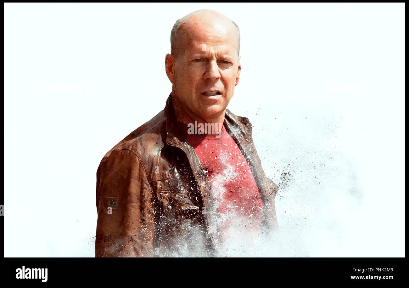 Prod DB © DMG Entertainment - Endgame Entertainment - FilmDistrict / DR LOOPER de Rian Johnson 2012 USA avec Bruce Willis - Stock Image