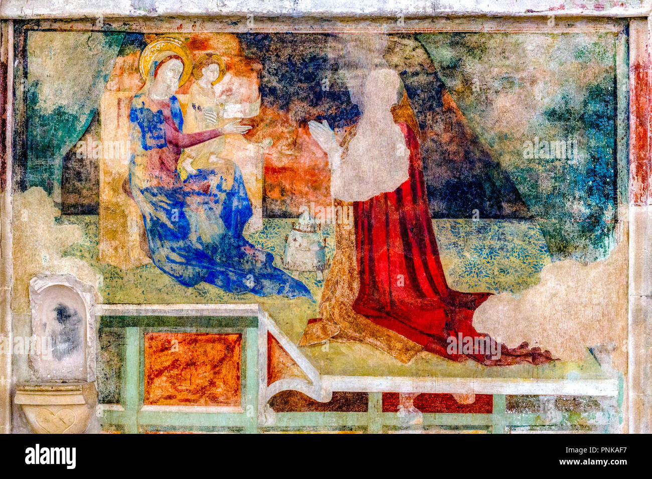 France. Gard (30). Villeneuve-Les-Avignon. Chartreuse Notre-Dame-du-Val-de-Bénédiction. The chapel of the frescoes. Innocent VI adoring the Virgin - Stock Image
