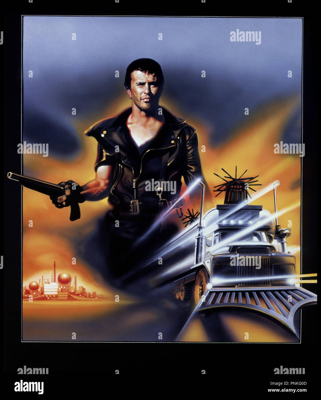 Prod DB © Kennedy Miller Prod. / DR MAD MAX : LE DEFI / 2 (THE ROAD WARRIOR) de George Miller 1981 USA / AUS avec Mel Gibson voitures, engins, combattants, visuel d'affiche - Stock Image