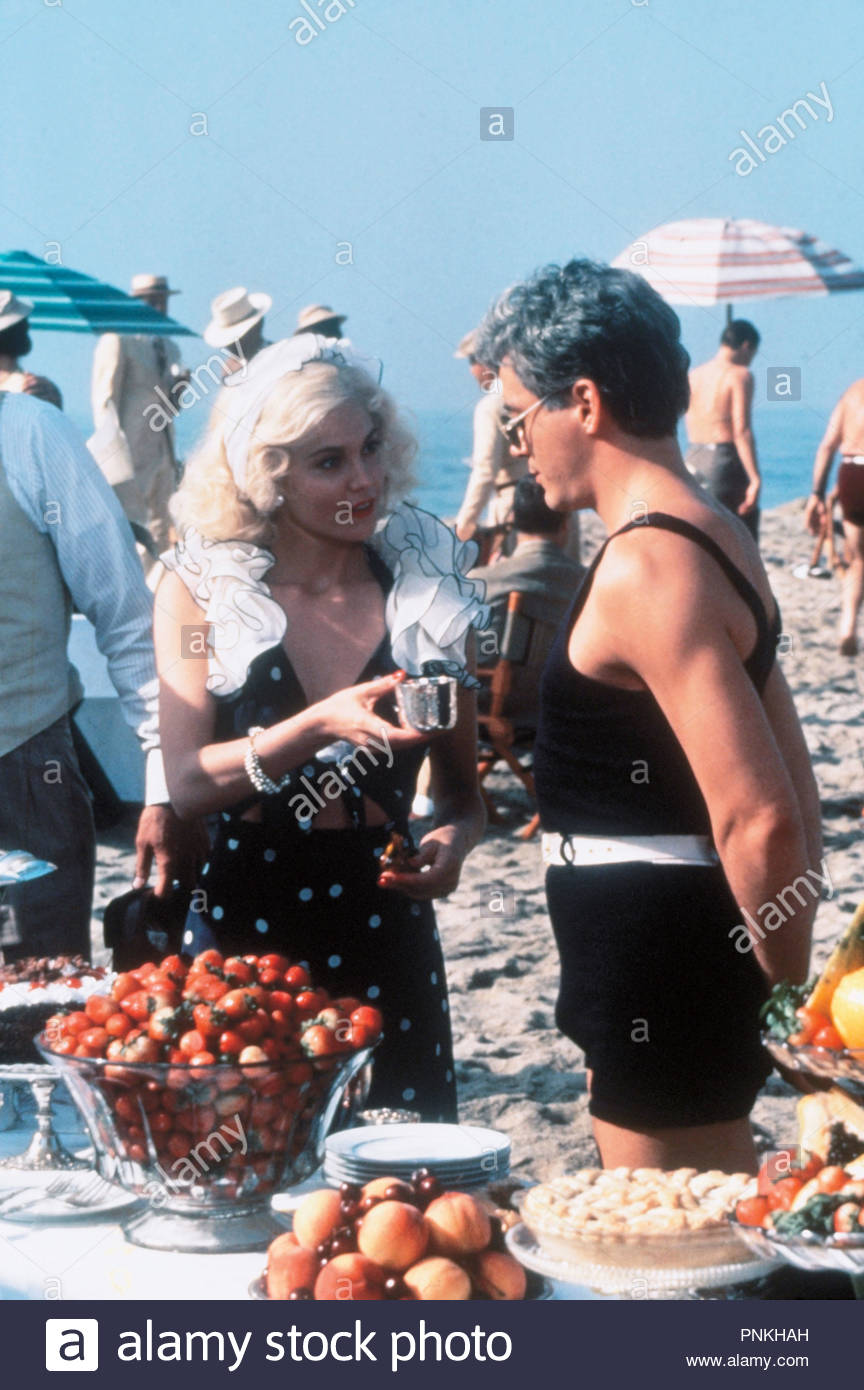 Original film title: CHAPLIN. English title: CHAPLIN. Year: 1992. Director: RICHARD ATTENBOROUGH. Stars: ROBERT DOWNEY JR.. Credit: CAROLCO/CANAL +/RCS VIDEO / Album - Stock Image