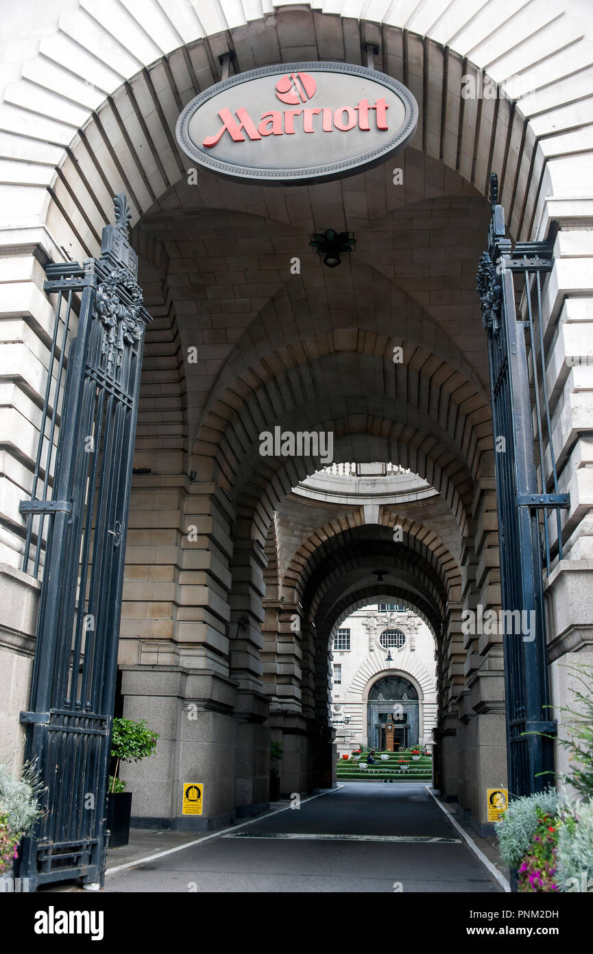 Entrance to Marriott Hotel, County Hall, Westminster Bridge Road, London UK> - Stock Image