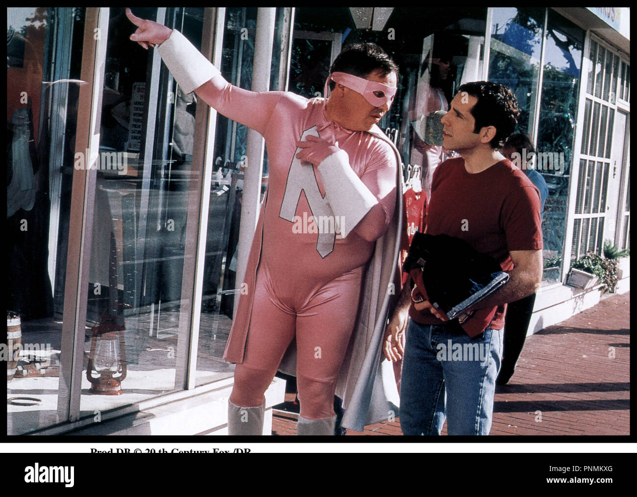 Prod DB © 20 th Century Fox /DR MARY A TOUT PRIX (THERE'S SOMETHING ABOUT MARY) de Bobby et Peter Farrelly 1998 USA avec W. Earl Brown et Ben Stiller tenue de super hŽros rose, ridicule - Stock Image