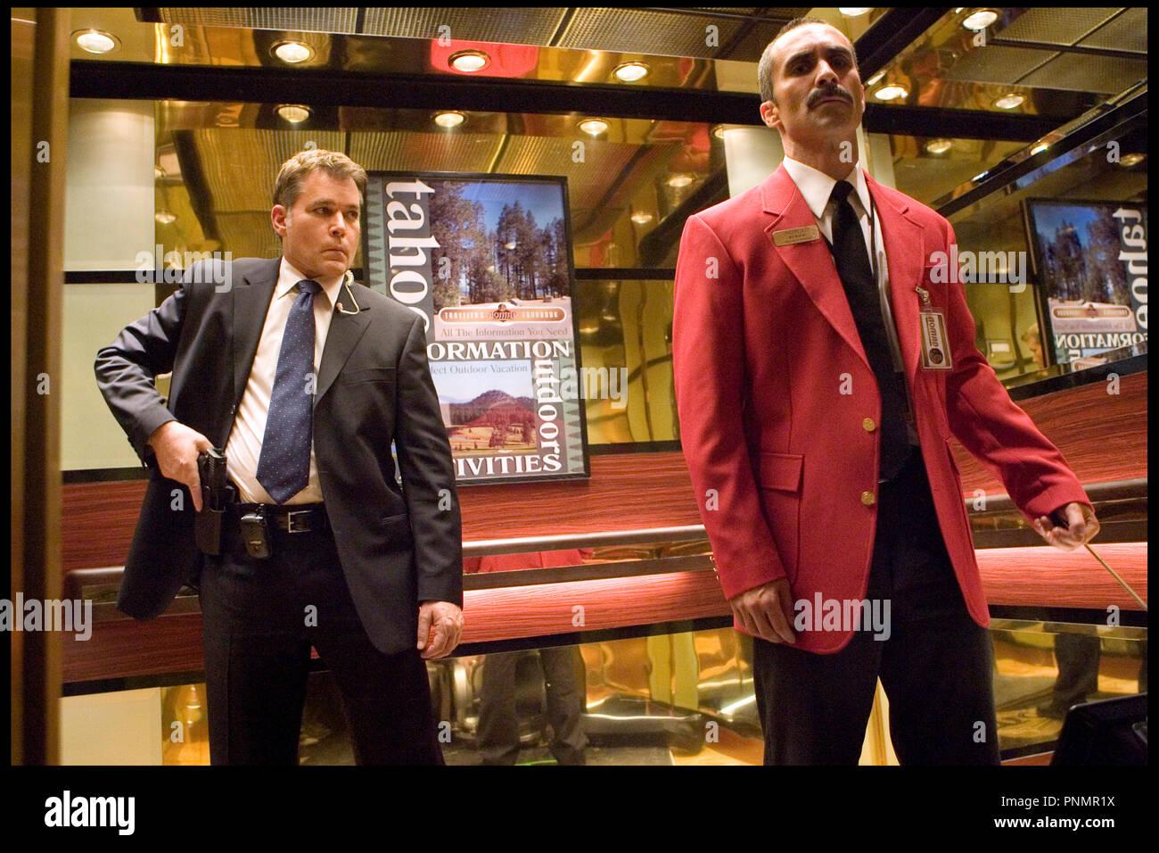 Prod DB ©Working Title - Universal / DR MI$E A PRIX (SMOKIN' ACES) de Joe Carnahan 2007 USA / GB / FRA avec Ray Liotta et Nestor Carbonell - Stock Image